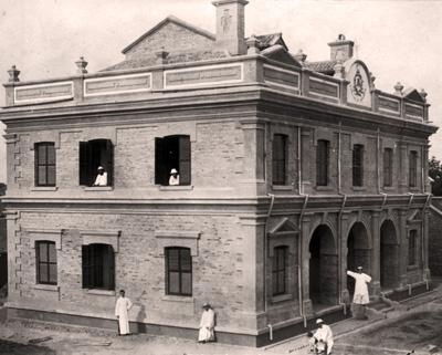 La construcción de la casa de la misión permitió a los religiosos tener un lugar central de operaciones, descanso, formación y encuentro.