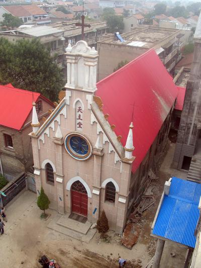 La antigua catedral del Shangqiu ha sido el centro de la cristiandad y punto de encuentro y de vivencia de la fe desde que Nicolás Shi se estableció en ella para dedicarse de lleno a la labor pastoral.